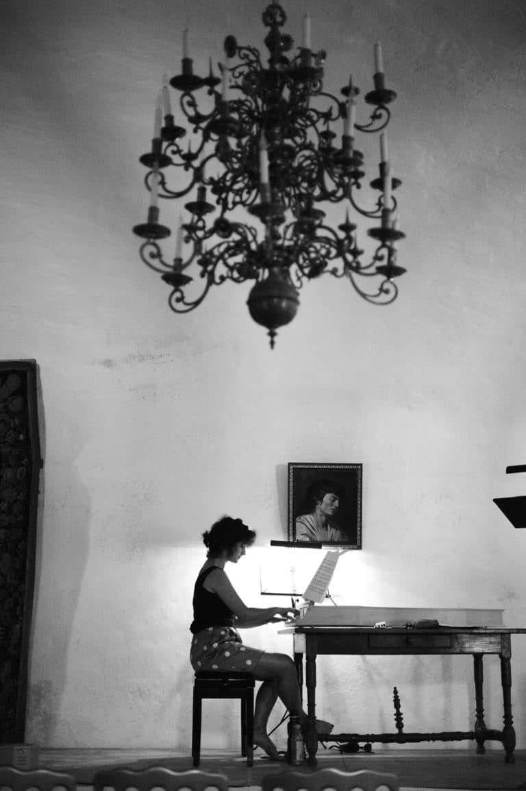 Corina Marti © Robin .H. Davies